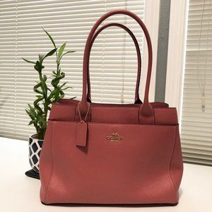 COACH - Hand and Shoulder Bag in Coral